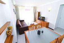 Apartamento vacacional en La Pineda para 6 personas - Salon DMS