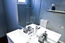 Apartamento vacaciones en La Pineda Tarragona. Baño P.PRIMA 2