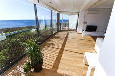 Alquiler apartamento de diseño en Salou. Salón Soleado FALCONERA