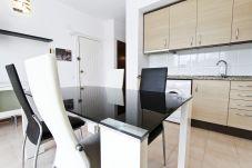 Alquiler apartamento para vacaciones en La Pineda. Salón P.PRIMA3