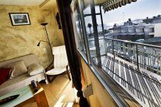 Alquiler piso de vacaciones en centro de La Pineda. Comedor OSIRIS