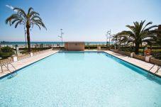 Apartamento en La Pineda - PINEDA 1 primera linea del mar