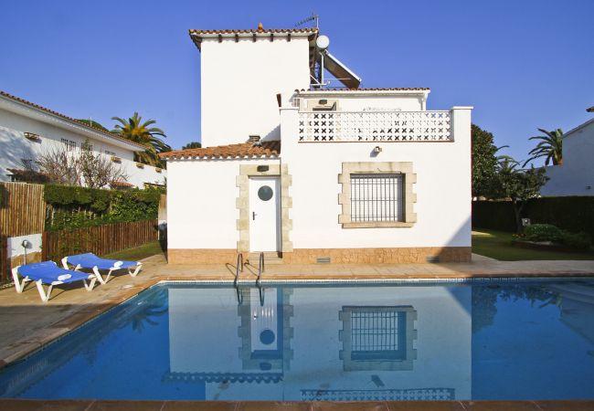 Villa en Cambrils - SUPREME Villa con piscina privada, playa a 100m