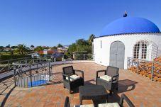 Villa en Cambrils - SANTORINI Villa con piscina privada y barbacoa