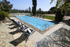 Villa en Tarragona - VILLAMAR con piscina privada, zona de barbacoa
