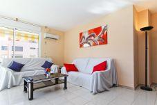 Alquiler piso en La Pineda cerca de la playa. Salon MARCO