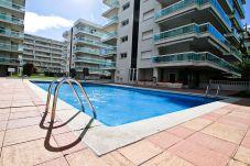 Apartamento en Salou - TUDOR con piscina comunitaria, cerca de Port Aventura
