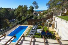 Villa en Tarragona - VILLA NINA La Mora. Piscina privada. Playa a 500m. WIFI Gratis