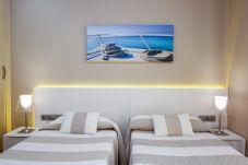 Apartamento en Cambrils - GATELL 2B  Apartamento con vista al mar. Puerto de Cambrils