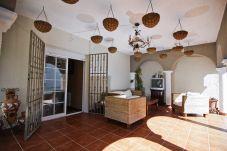 Alquiler casa independiente Cambrils cerca playa. Terraza BONAVENTURA