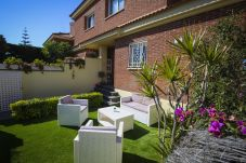House in Cambrils - BRUSELAS Townhouse with terrace solarium, community pool