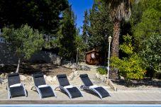 Alquiler Villa exclusiva piscina privada Tarragona. Solarium VILLAMAR