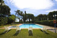 Villa à Vila Seca - COLONIAL Villa avec piscine privée avec jardin,court de tennis.