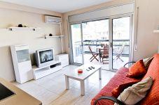 Апартаменты на Салоу / Salou - DANIEL ANAGABU с общим бассейном. Пляж в 200м