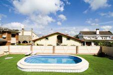 Вилла на Камбрильс - DORADA Villa c частным бассейном в Камбрильс