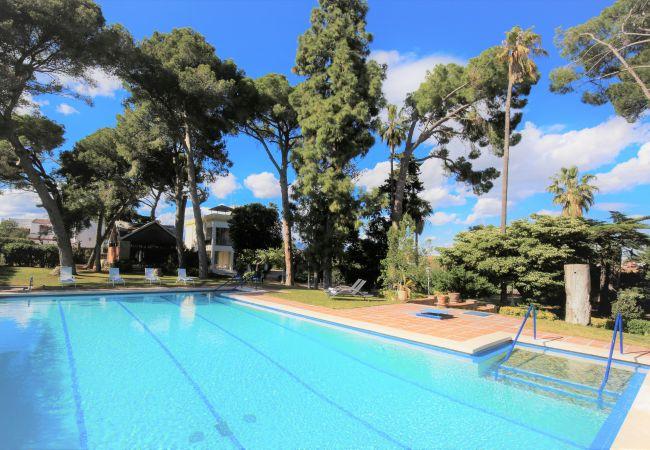 на Vila Seca - COLONIAL Историческая вилла с частным бассейном, тренажерным залом, теннисным кортом.